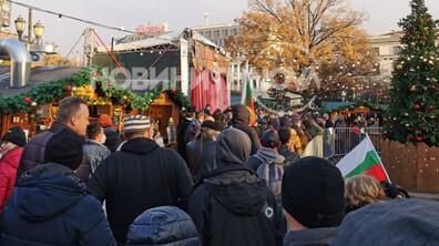 Протестиращи нахлуха на Немския коледния базар