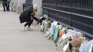 Великобритания потъна в скръб след смъртта на принц Филип