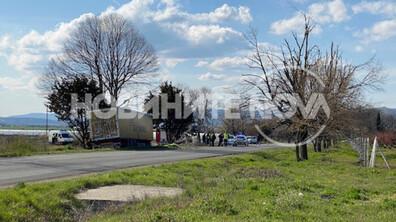 Тежка катастрофа между тир и две коли на пътя Айтос-Бургас