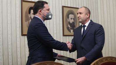 Президентът връчи мандата на ГЕРБ