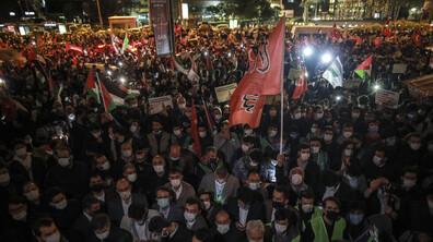 Хиляди протестираха пред израелското посолство в Анкара и консулството в Истанбул