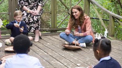 Кейт Мидълтън изненада ученици в Лондон