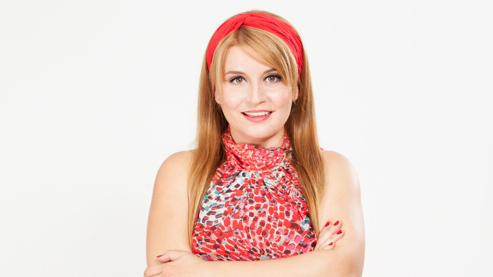 Елена Атанасова