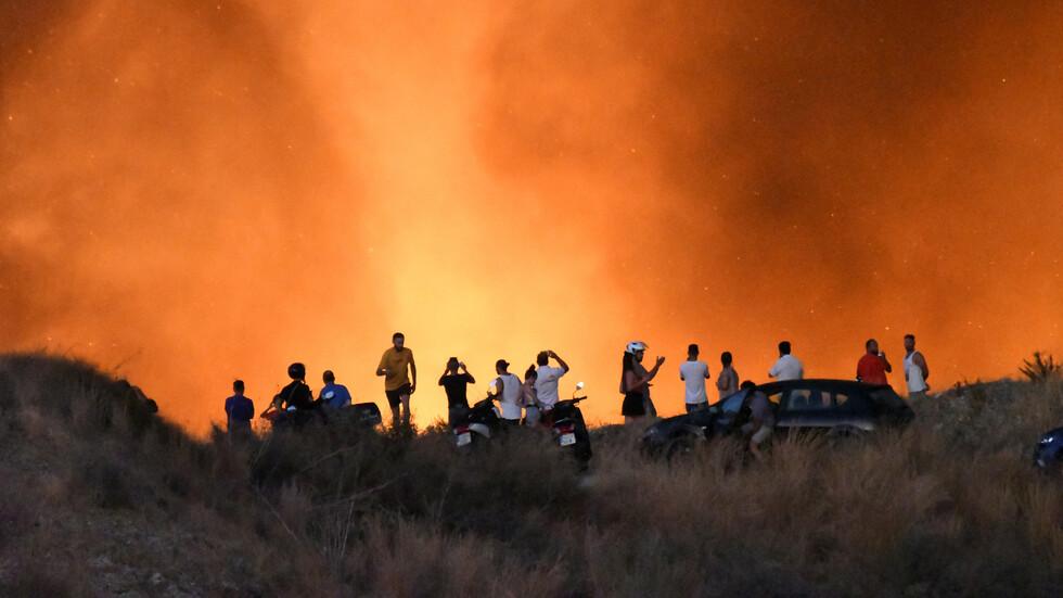"""Огромен пожар в испанския курорт """"Марбея"""""""