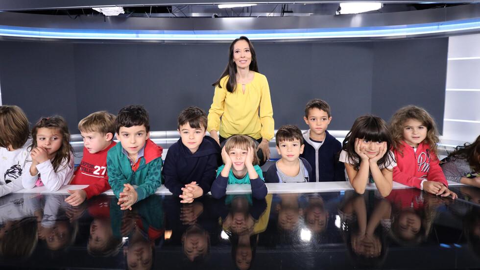 Специални гости в нюзрума на NOVA в Световния ден на телевизията