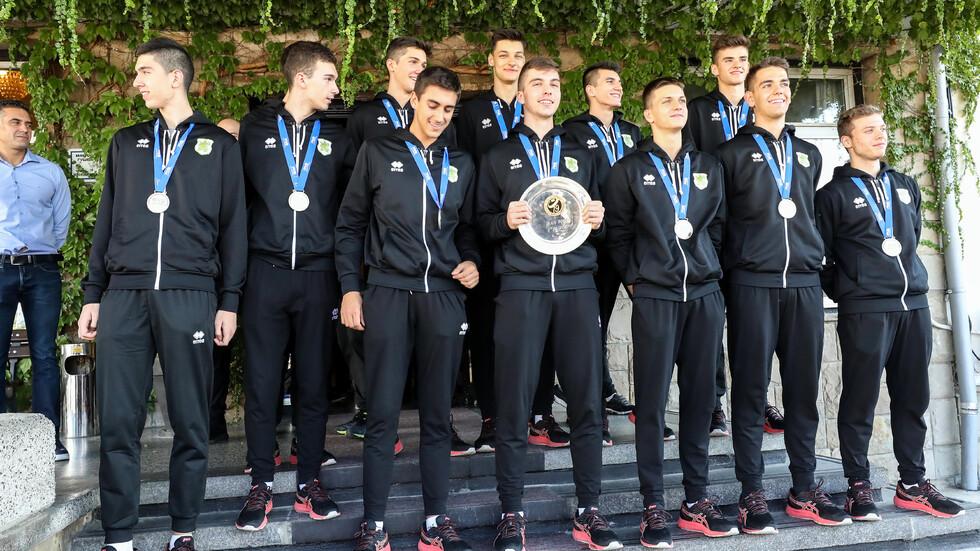 Националният тим на България по волейбол за юноши