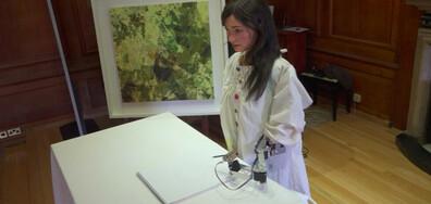 Дрехи с мисъл за околната среда и робот със собствена изложба