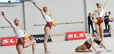 Ансамбълът ни по художествена гимнастика с официален дебют преди Световната купа