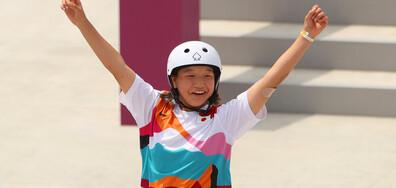 13-годишна японка грабна златен медал в женския скейтбод на Олимпиадата в Токио