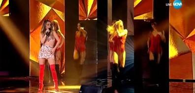 Михаела Маринова - Листата падат и Един срещу друг - X Factor Live